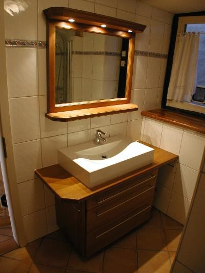 tischlerei holtze einbauschrank bad. Black Bedroom Furniture Sets. Home Design Ideas